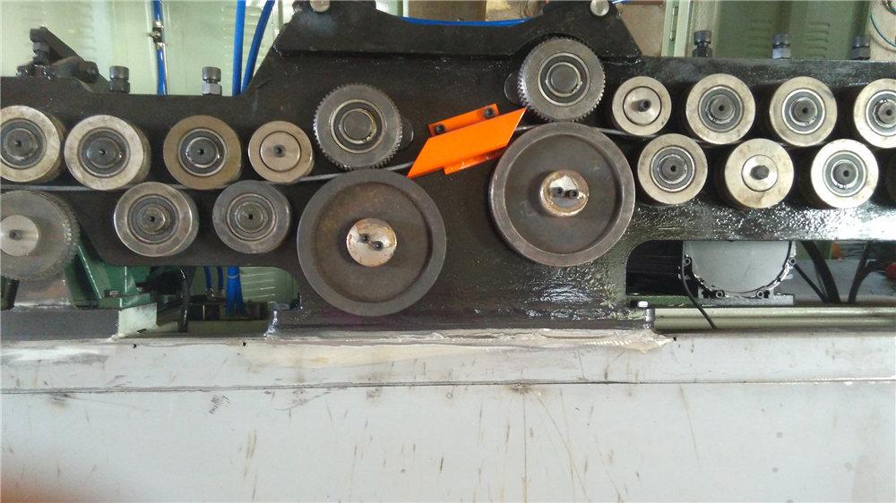 Piegatrice automatica